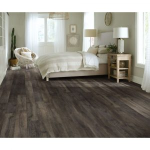 Laminate flooring | Hughes Floor Coverings Inc.