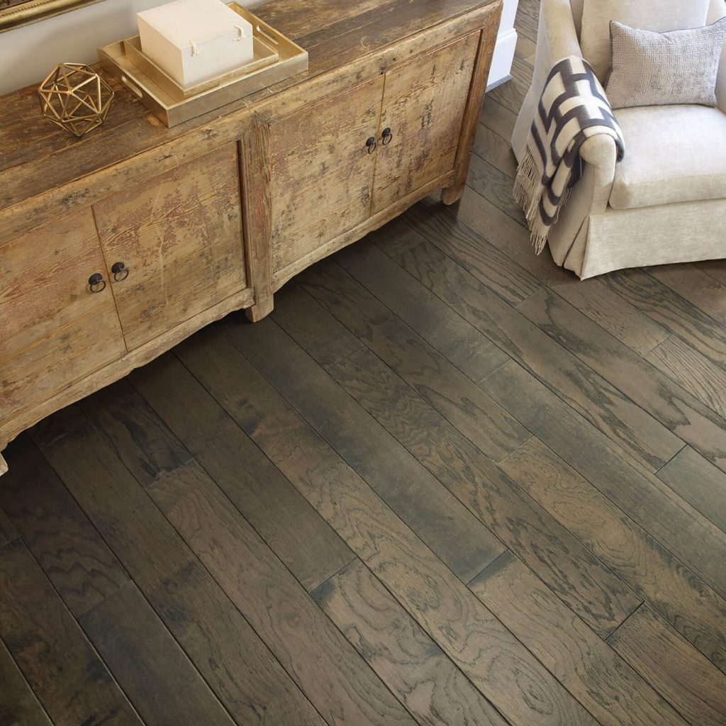 Hardwood flooring | Hughes Floor Coverings Inc