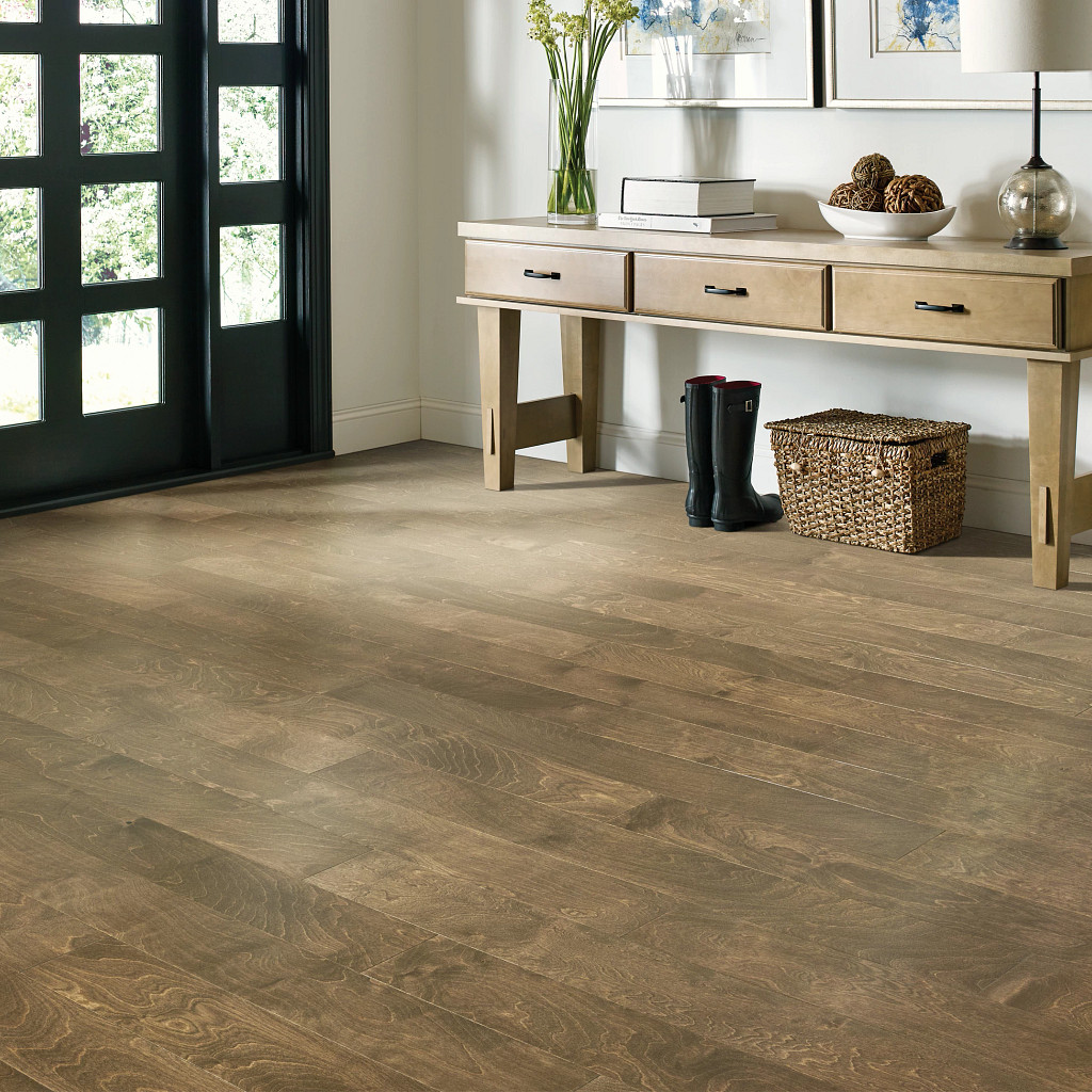 Wood Looks for a Traditional Feel | Hughes Floor Coverings Inc